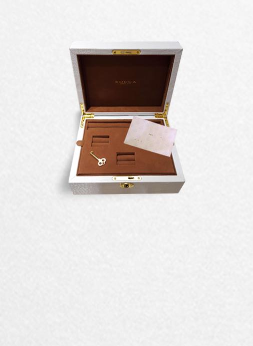 リングケースにはお手紙も入れることができます